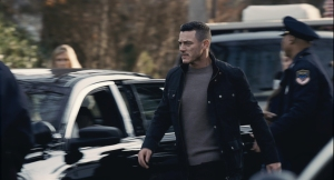 the-girl-on-the-train-luke-evans